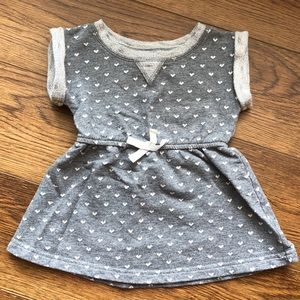 👧12 month Cat & Jack Gray with Hearts Dress ❤️